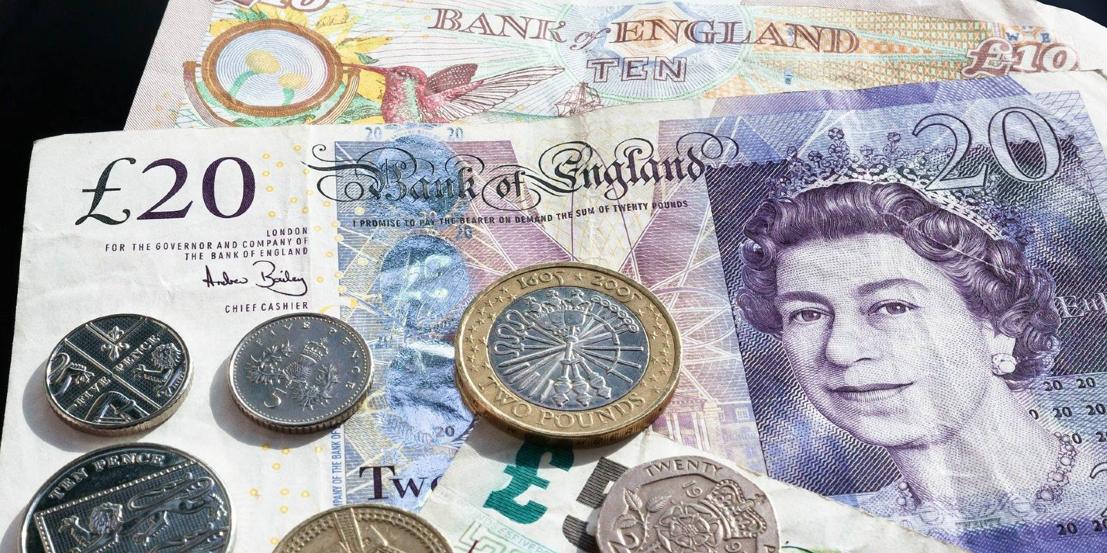 sterlina britannica pound moneta